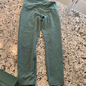 Lululemon 10 high waisted pants